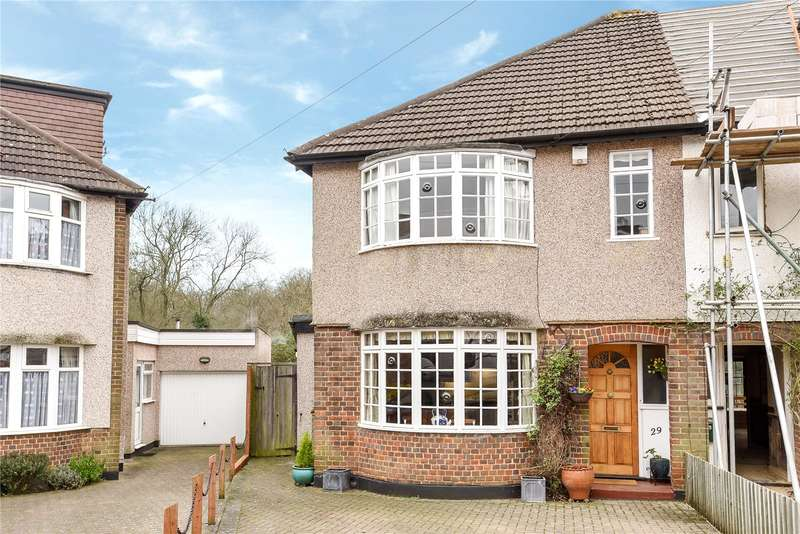 3 Bedrooms Semi Detached House for sale in Bateman Road, Croxley Green, Hertfordshire, WD3