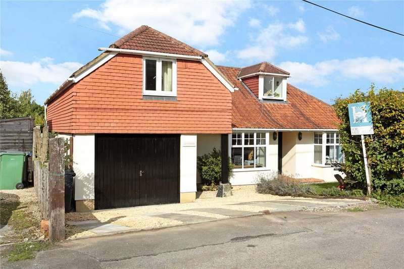 4 Bedrooms Detached House for sale in Barnfield, Marlborough, Wiltshire