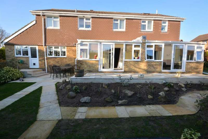 5 Bedrooms Detached House for sale in Stonelink Close, St. Leonards-On-Sea