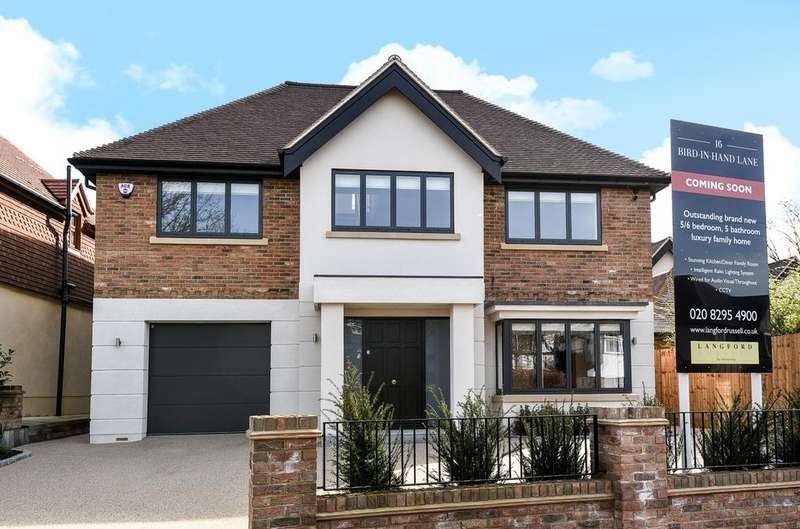 5 Bedrooms Detached House for sale in Bird In Hand Lane Bromley BR1