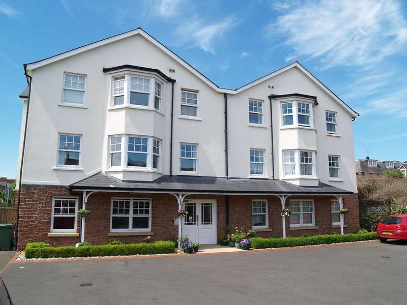 2 Bedrooms Apartment Flat for sale in Tregonwell Court, Summerland Avenue