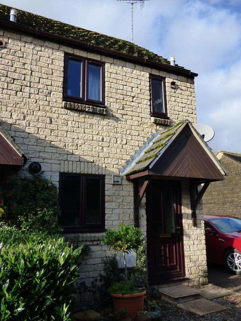 2 Bedrooms End Of Terrace House for sale in Portwell, Cricklade