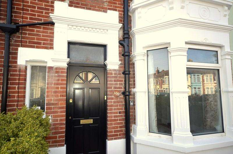 4 Bedrooms Terraced House for sale in Langstone Road, Baffins, Portsmouth