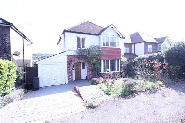 4 Bedrooms Detached House for sale in The Grove