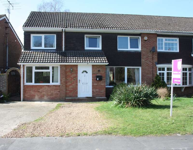 5 Bedrooms Semi Detached House for sale in Tippings Lane, Woodley, Reading, RG5