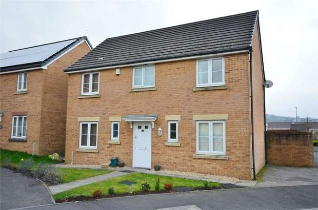 4 Bedrooms Detached House for sale in Drum Tower View, CAERPHILLY