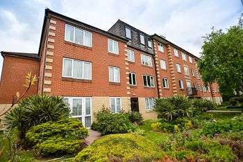 1 Bedroom Retirement Property for sale in Homesteyne House, 11-13 Broadwater Road, Worthing, BN14