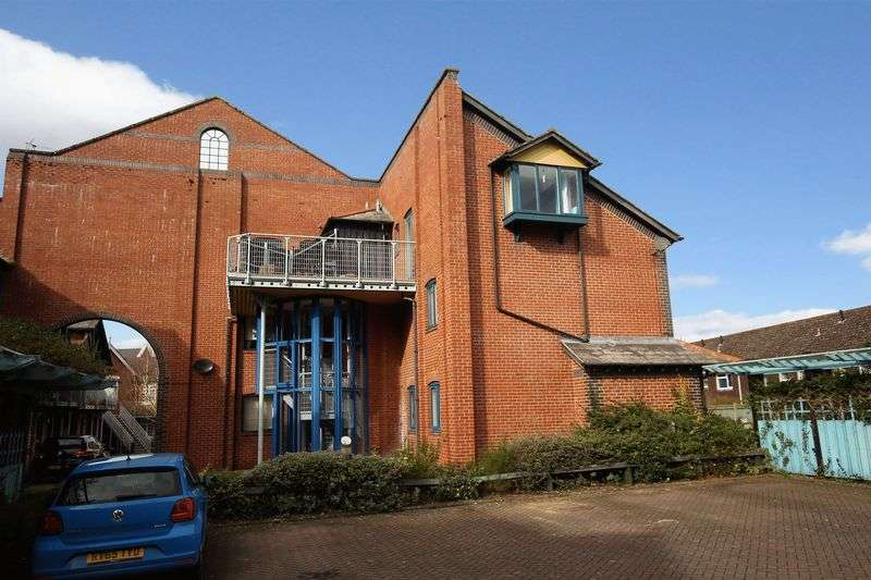 2 Bedrooms Flat for sale in Alfredston Place, Wantage