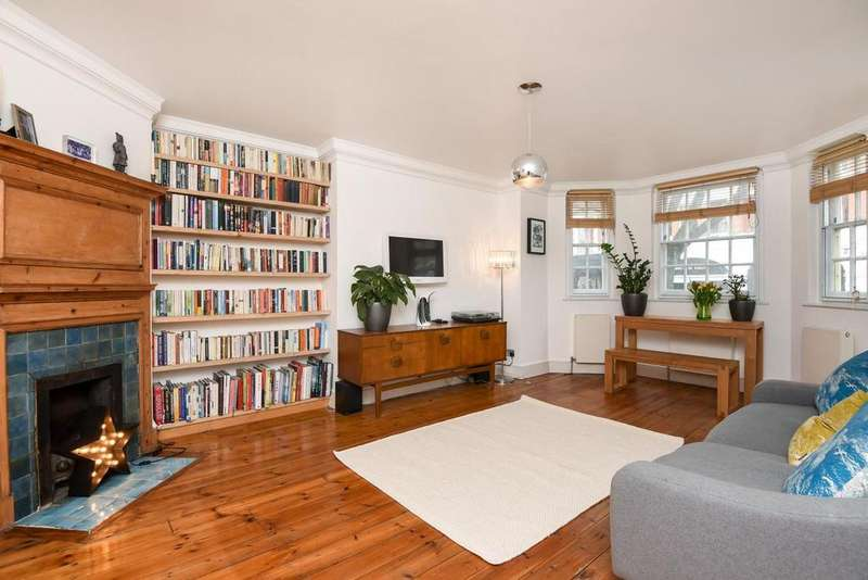 3 Bedrooms Flat for sale in Fortis Green Road, Muswell Hill, N10