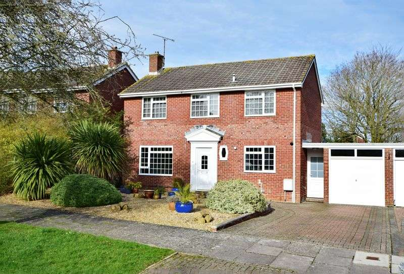 4 Bedrooms Detached House for sale in St Catherines Crescent, Sherborne, Dorset