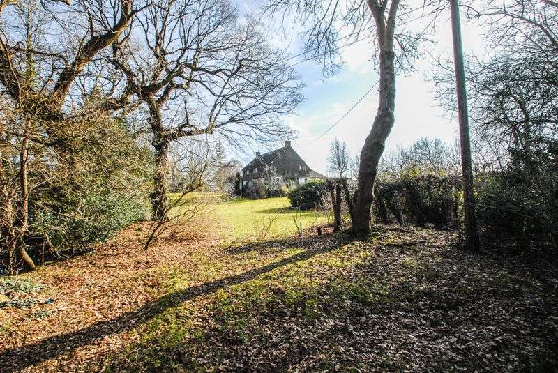 3 Bedrooms Detached House for sale in Hundred Acre Lane, Streat