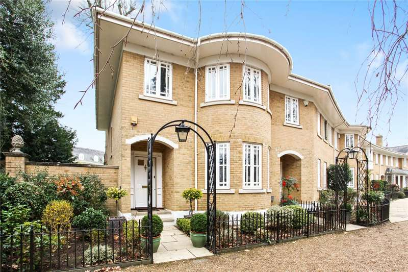 4 Bedrooms Semi Detached House for sale in Lakeside Grange, Weybridge, Surrey, KT13