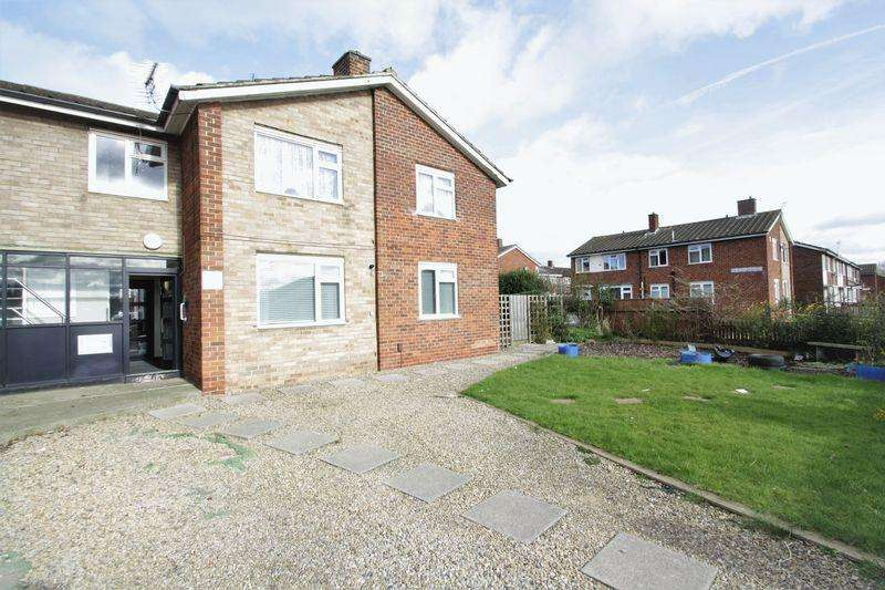1 Bedroom Ground Flat for sale in Ketton Road, Hardwick, Stockton, TS19 8BY