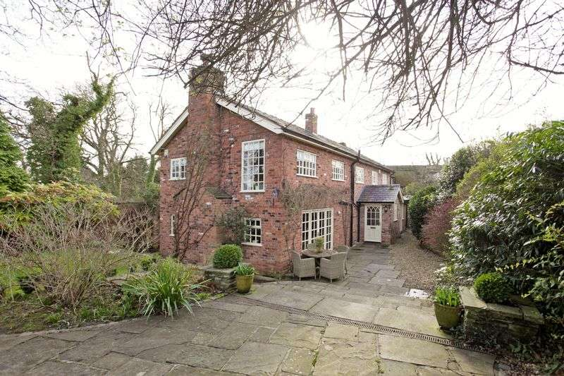 4 Bedrooms Detached House for sale in Burleyhurst Lane, Mobberley