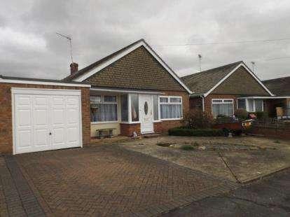 3 Bedrooms Bungalow for sale in Jaywick, Clacton-On-Sea, Essex
