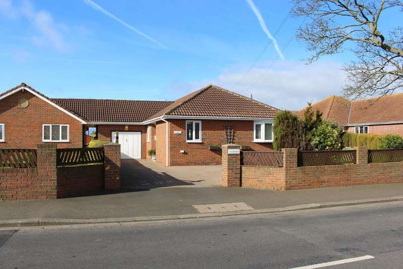 3 Bedrooms Bungalow for sale in Chevington Mews, Main Street, Red Row, Northumberland, NE61 5AG