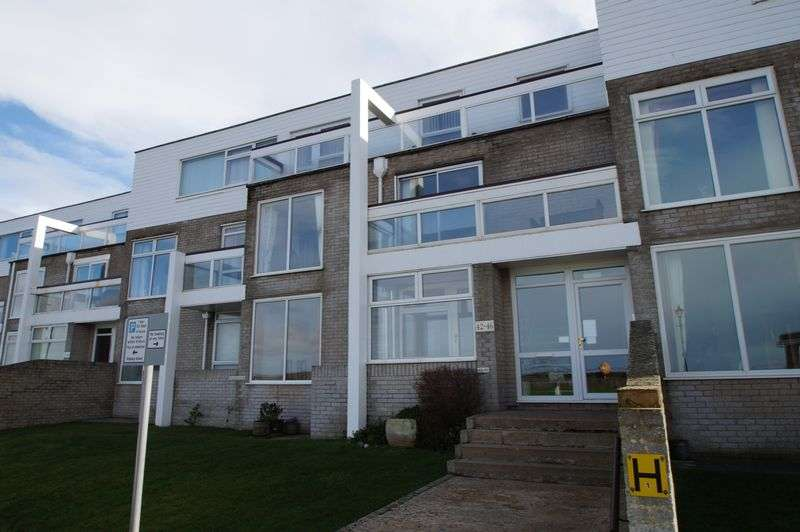 3 Bedrooms Flat for sale in South Esplanade, Burnham-On-Sea