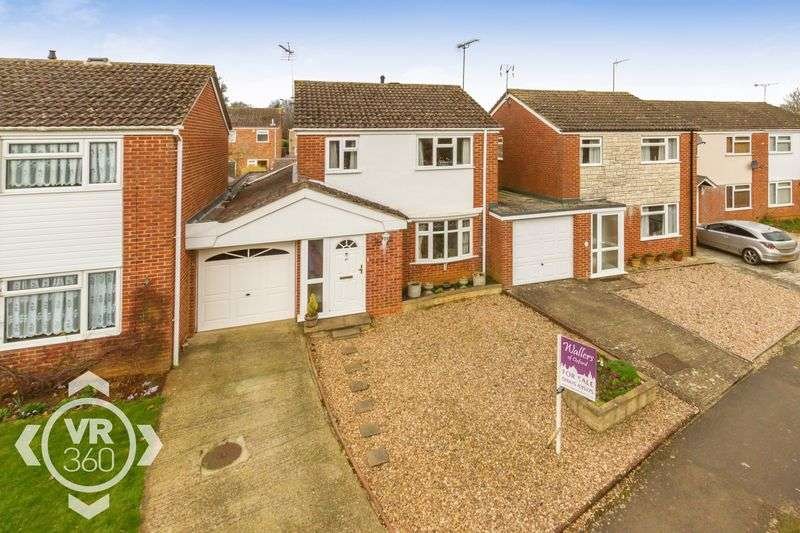 3 Bedrooms Detached House for sale in Chatsworth Drive, Cherwell Heights, Banbury