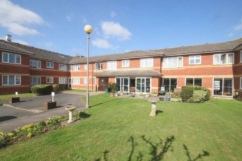 1 Bedroom Retirement Property for sale in Roman Court, Borough Green, TN15 8NY