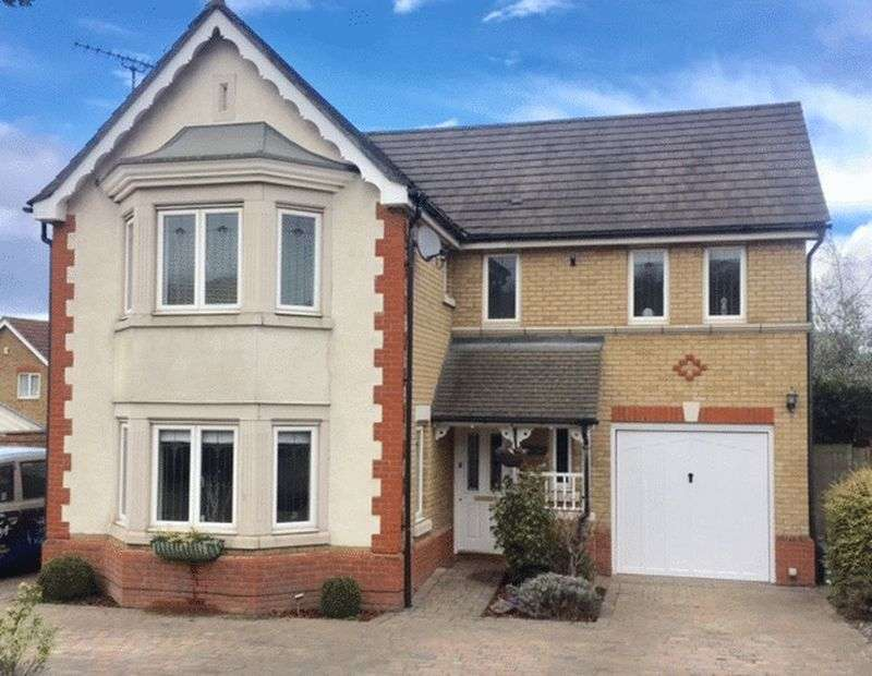 4 Bedrooms Detached House for sale in Carnet Close, Braeburn Park