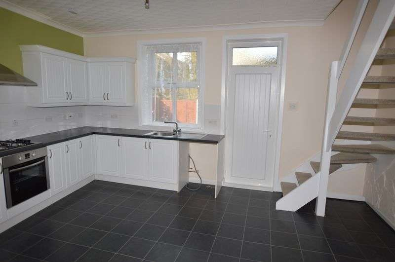2 Bedrooms Terraced House for sale in Bernard Street, Rochdale
