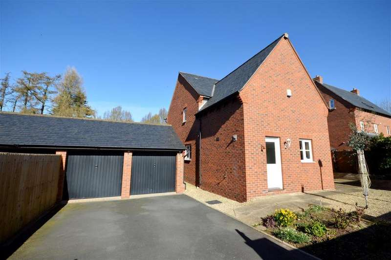 4 Bedrooms House for sale in Tippetts Meadow, Kingstone, Hereford