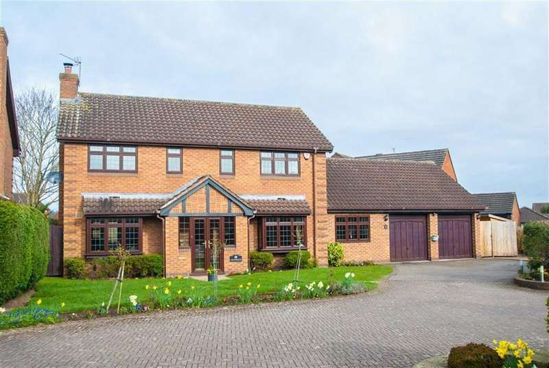4 Bedrooms Detached House for sale in Heritage Court, Lichfield, Staffordshire