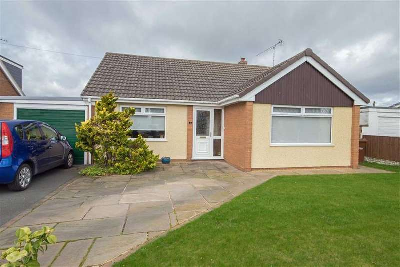 3 Bedrooms Detached Bungalow for sale in Ffordd Las, Sychdyn, Mold