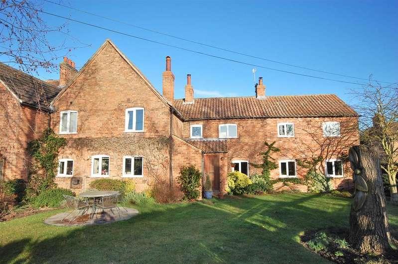 5 Bedrooms Link Detached House for sale in Pinfold Lane, Shelford, Nottingham