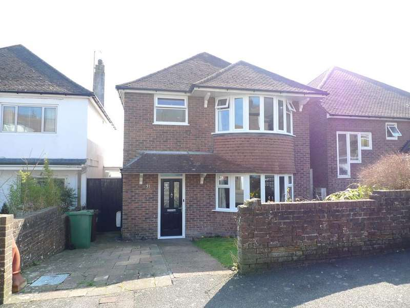 3 Bedrooms Detached House for sale in Osborne Road, Eastbourne, BN20