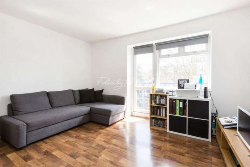 2 Bedrooms Flat for sale in Lordship Road, N16