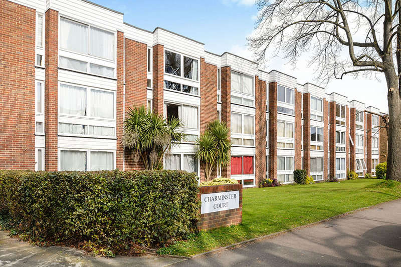 1 Bedroom Flat for sale in Charminster Court Lovelace Gardens, Surbiton, KT6