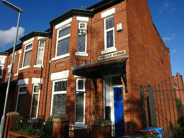 3 Bedrooms End Of Terrace House for sale in Spencer Avenue, Whalley Range, Manchester