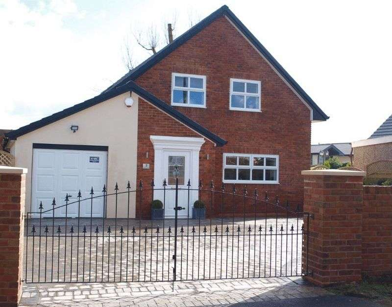 4 Bedrooms Detached House for sale in Milbury Drive, Hollingworth Lake, OL15 0DA