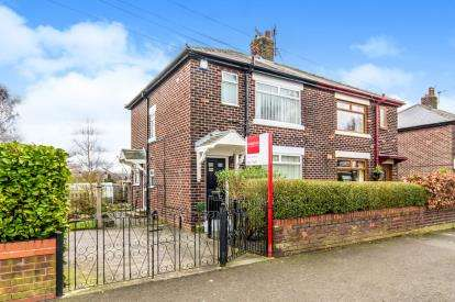 3 Bedrooms Semi Detached House for sale in Edward Street, Denton, Manchester, Greater Manchester