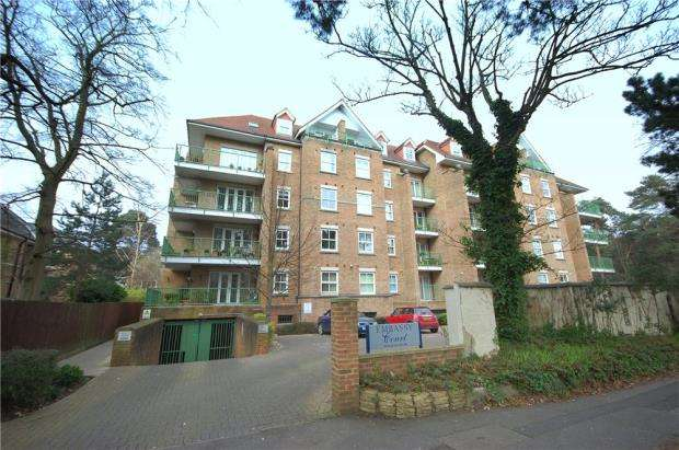 2 Bedrooms Flat for sale in Bournemouth, Dorset, BH1