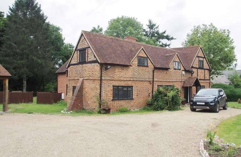9 Bedrooms Detached House for sale in The Old Farm & The Old Barn, Sheepcote Lane, Maidenhead, Berkshire, SL6 3JU
