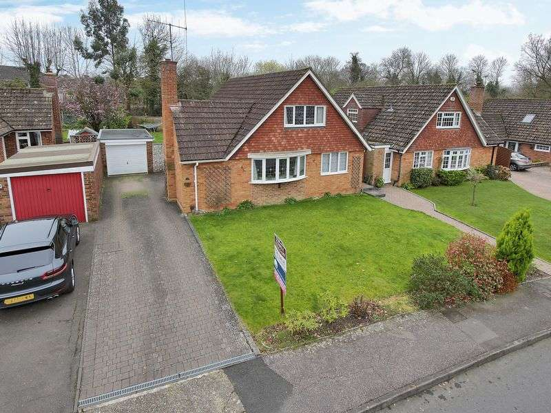 4 Bedrooms Detached House for sale in The Millbank, Ifield, Crawley, West Sussex