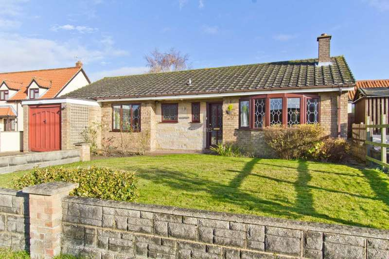 3 Bedrooms Detached Bungalow for sale in Cook Road, Holme Hale