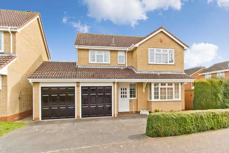 4 Bedrooms Detached House for sale in Shepherds Fold, Swaffham