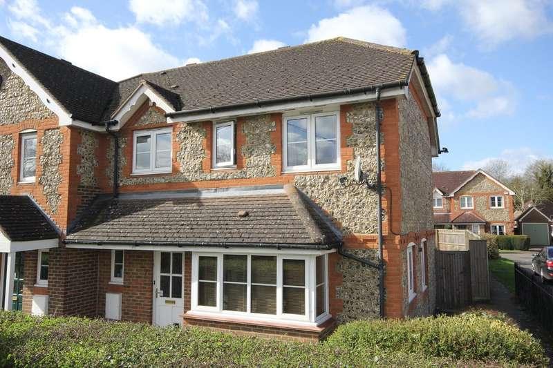 3 Bedrooms Semi Detached House for sale in Longwick | Buckinghamshire