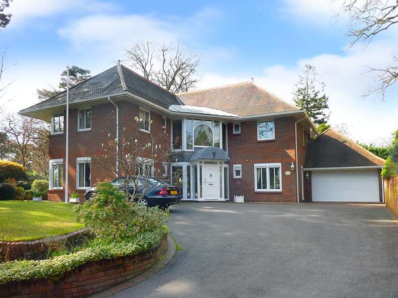 4 Bedrooms Detached House for sale in The Avenue, Branksome Park, Poole, Dorset, BH13