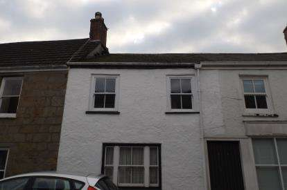 1 Bedroom Flat for sale in Helston, Cornwall