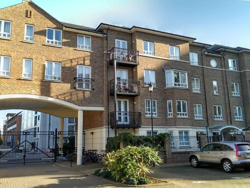 2 Bedrooms Flat for sale in North Kingston