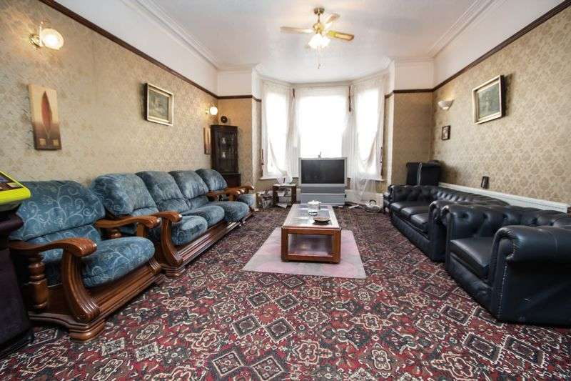 22 Bedrooms Terraced House for sale in Princes Road, Great Yarmouth