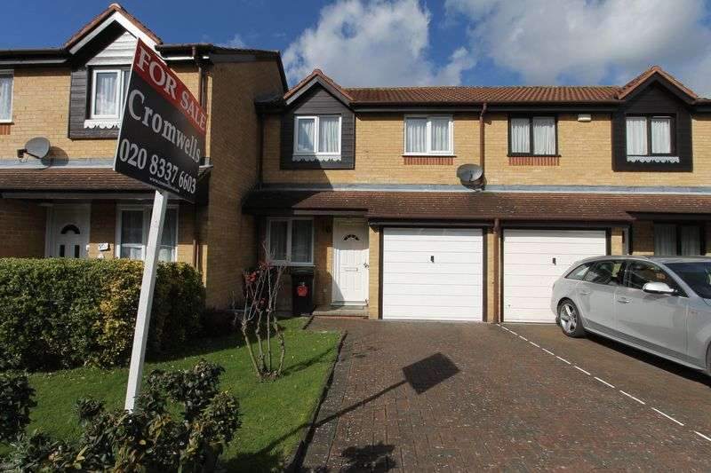 3 Bedrooms Terraced House for sale in Percy Gardens, Worcester Park