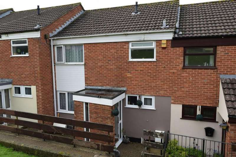 3 Bedrooms Terraced House for sale in Churchill Road, Bideford