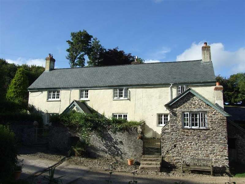 5 Bedrooms Detached House for sale in Brompton Regis, Brompton Regis, Dulverton, Somerset, TA22