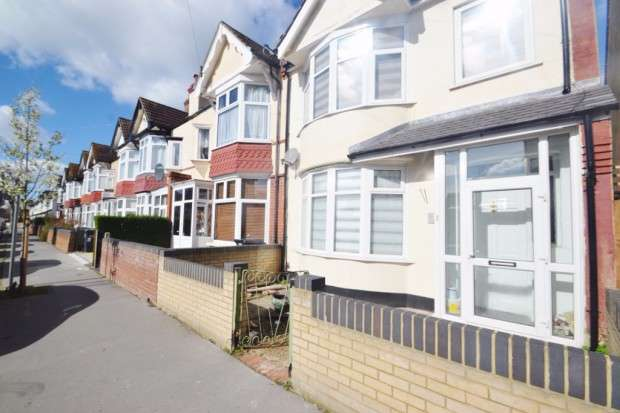 4 Bedrooms End Of Terrace House for sale in Highbarrow Road, Croydon, CR0