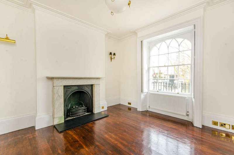 4 Bedrooms House for rent in Canonbury Square, Canonbury, N1